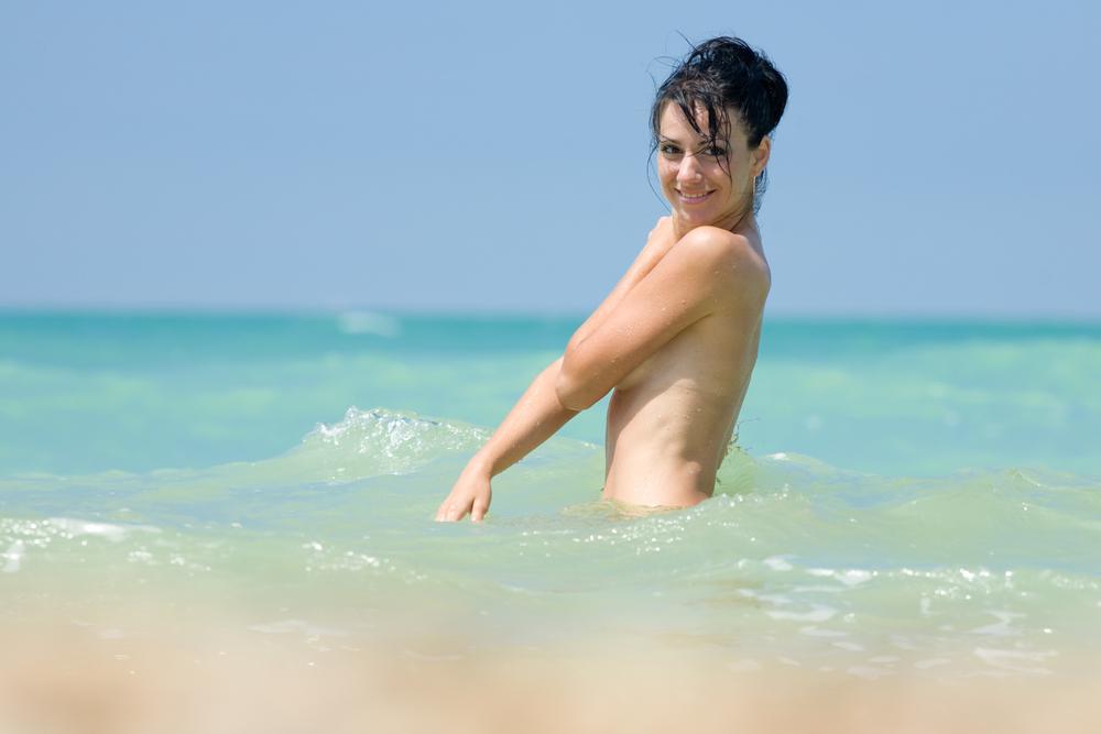 Iceland girl naked pic